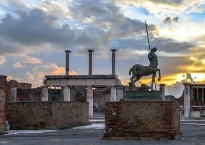 Pompeii -statue