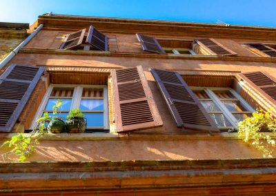 Shutters & Flowers Toulouse