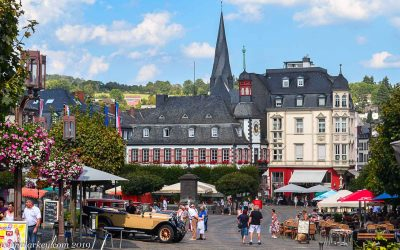 A Hot Saturday in Mayen – Classic Cars & Castles